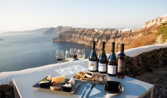 venetsanos-winery-wine-tasting