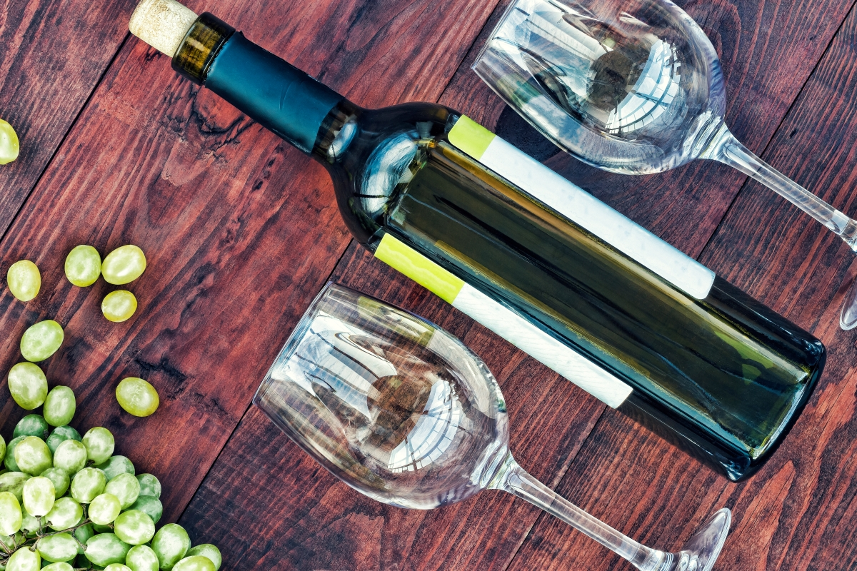 A 2-Step Hack To Find Your Go-To White Wine